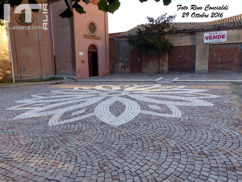Molto bella Piazza Santa Rosalia