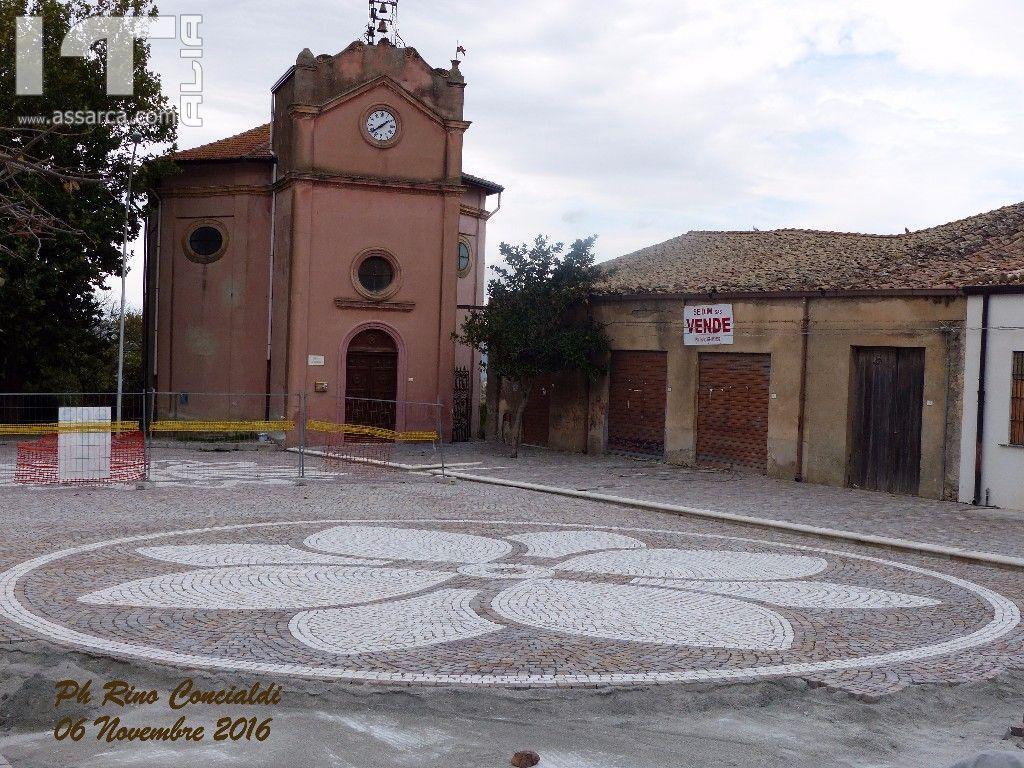 Molto suggestiva Piazza Santa Rosalia.