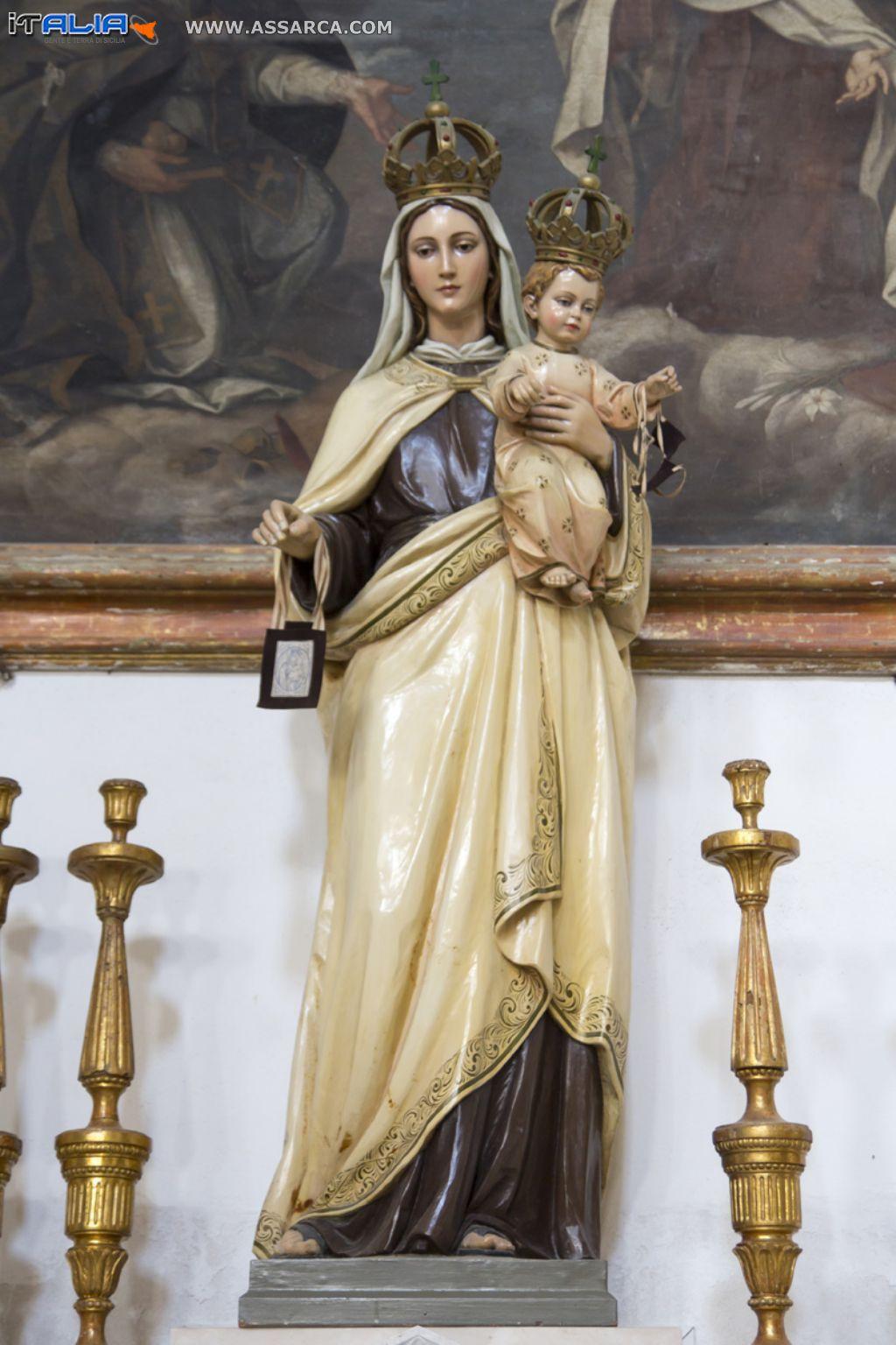 Statua dell`Immacolata duomo Marsala