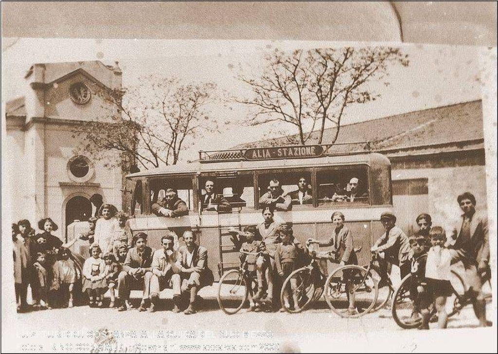 Il primo autobus ad Alia.