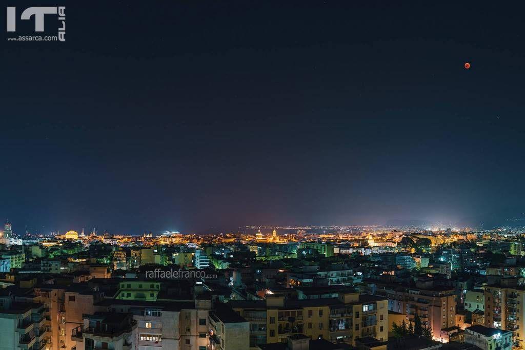 Palermo e la luna rossa